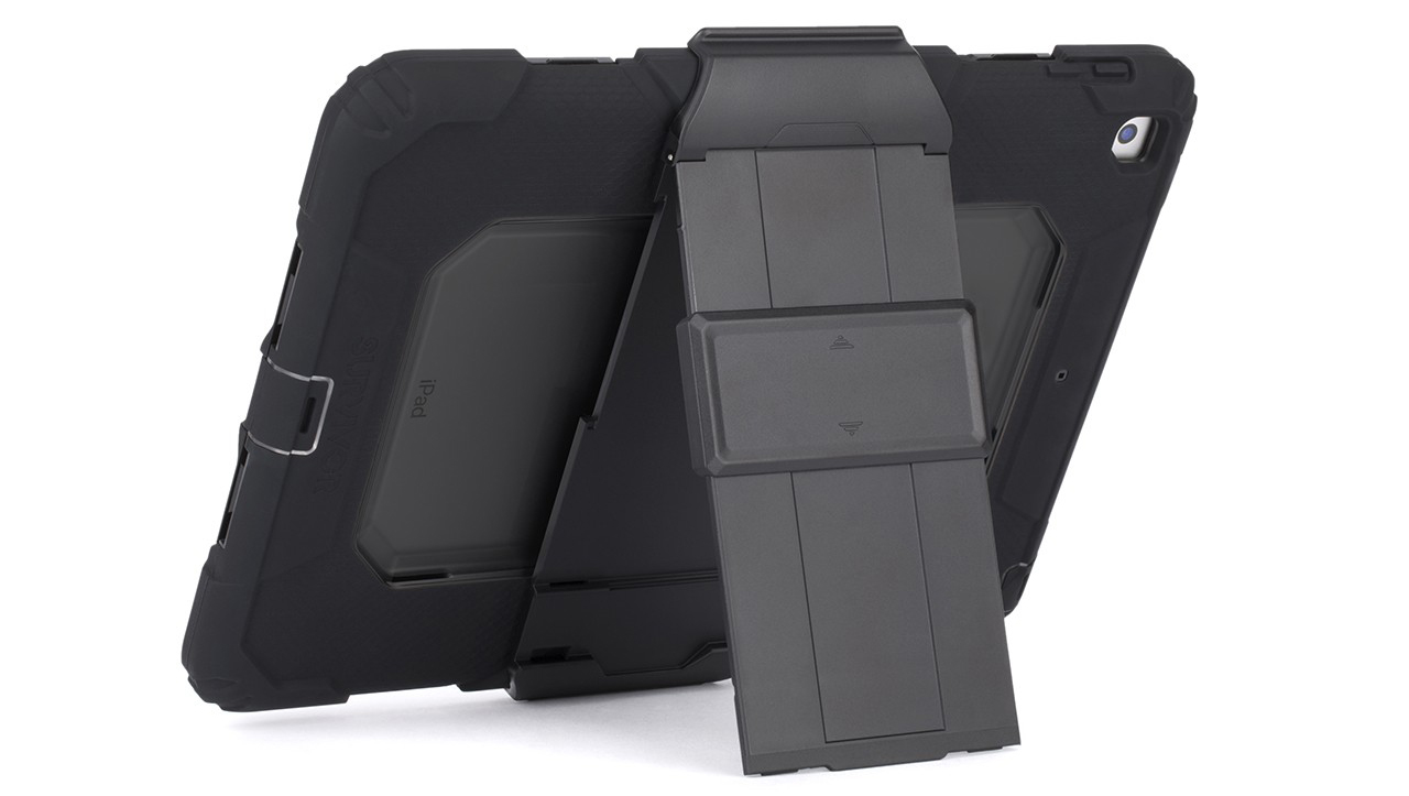 Etui pancerne Griffin Survivor All-Terrain iPad 9.7 2017, czarne.